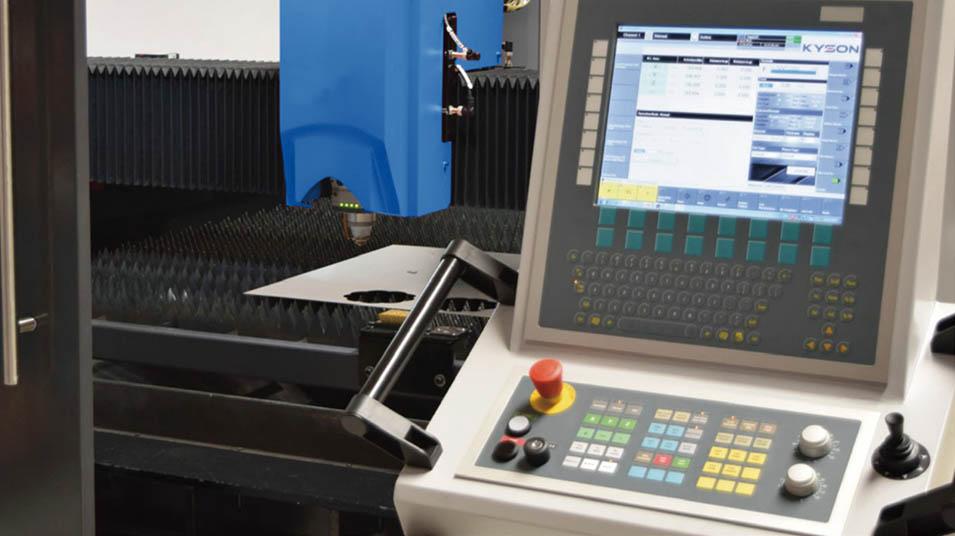 Accurl 1kw 8kw Fiber Laser Cutting Machine For Met4